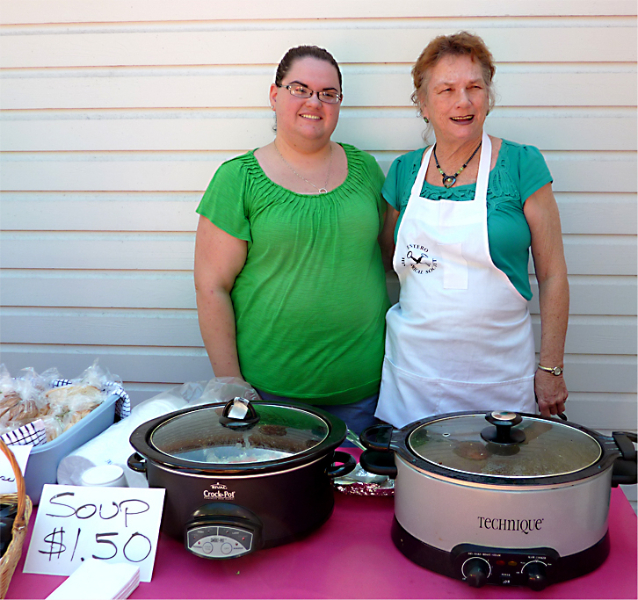 serving-homemade-soups-were-tamara-cottrell-and-dorothy-evrard