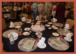 09 Bev MacNellis' table