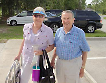 06-mary-ann-and-george-weenen-arrive