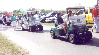 gulf-carts-join-the-parade