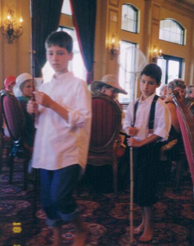 2004-vanshluytnean-children-modeling