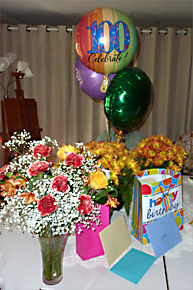flowers-and-balloons-to-celebrate