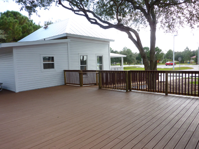 hall-house-with-deck